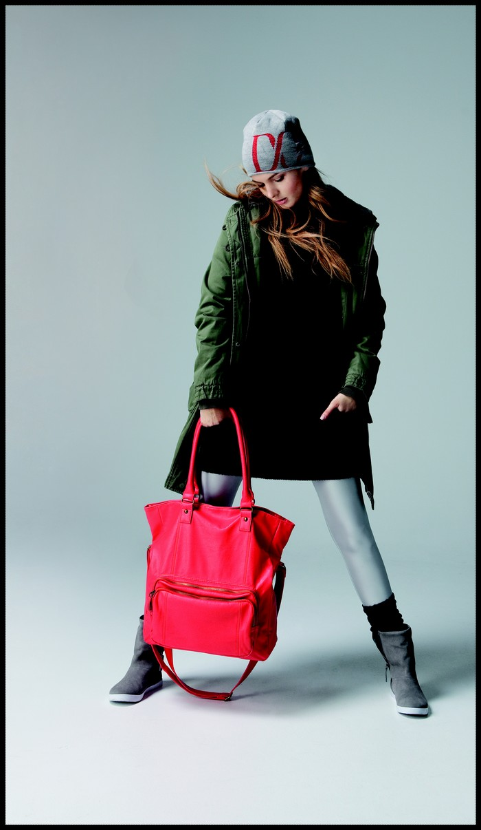 lookbook-dcshoes_red_bag